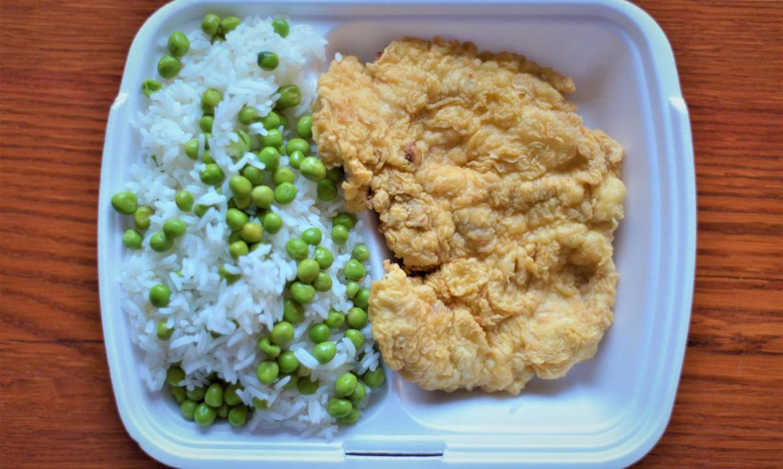 Fokhagymás párizsias csirkemell rizi-bizivel